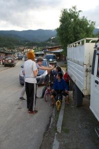 Playing with kids, Chamkar Town.